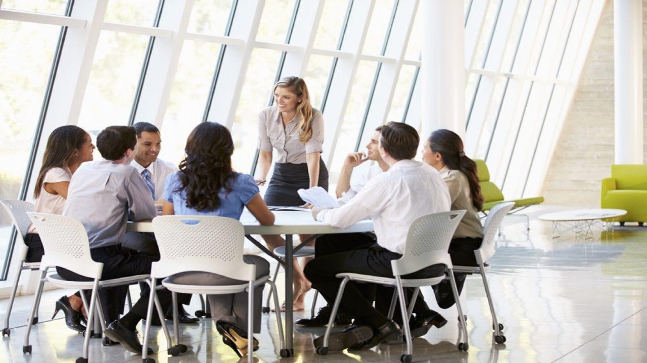 Communiquer_efficacement_avec_son_équipe-1280x719.jpg